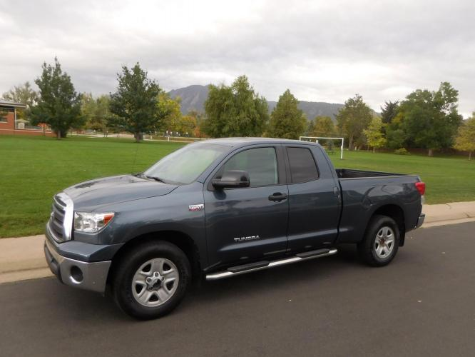 2010 Gray Toyota Tundra SR5 5.7L Double Cab 2WD (5TFRY5F14AX) with an 5.7L V8 DOHC 32V engine, 6-Speed Automatic Overdrive transmission, located at 2510 47th St. Suite 200, Boulder, CO, 80301, (303) 641-0333, 40.026196, -105.243217 - Photo #12